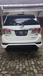 Toyota Fortuner Tahun 2013 (26332db3-759f-4524-ac6e-84885d0fdc54.jpg)