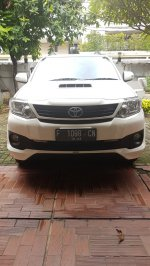 Toyota Fortuner Tahun 2013 (8080908a-5864-4d0c-a326-f607eba6bcb4.jpg)