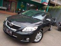 Toyota New Altis V 2.0cc Matic Tahun 2010 warna hitam metalik (al3.jpeg)