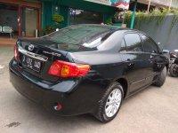 Toyota New Altis V 2.0cc Matic Tahun 2010 warna hitam metalik (al5.jpeg)