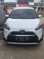 Vienta: Dijual atau Over Credit Toyota Sienta 1.5 V