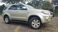 Toyota Fortuner 2.7 G Lux AT Bensin 2009,Ketampanan Berkarakter (WhatsApp Image 2019-06-12 at 16.27.59 (1).jpeg)