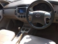 Jual Toyota Grand Innova Type G 2.0cc Matic Grill Sudah Besar Tahun 2011