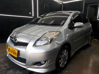 Toyota yaris 1.5 S Limited 2011 AT Silver