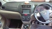 Toyota: Di Jual Mobil Avanza Hitam