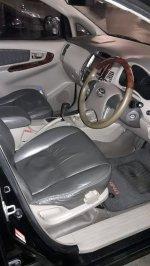 Jual Toyota Kijang Innova 2.5 V AT Diesel 2012 Istimewa