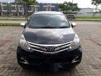 Toyota: Di Jual Mobil Avanza Hitam (mobil 2.jpg)