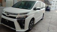 Jual Toyota Voxy: Ready Foxy Putih Cash/Credit Bergaransi Astra Promo Dp Minim..buktikan