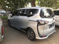 Jual Toyota Sienta 2016 Type Q Silver An. Sendiri Dari Baru