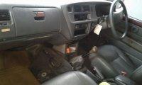 Toyota: Kijang LX tahun 2002 (1.jpeg)