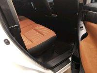 Toyota: Innova G M/T 2016 Putih (a4.jpg)