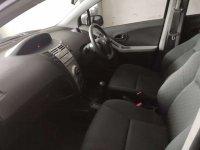 Toyota: Yaris E M/T 2012 Hitam (a4.jpg)