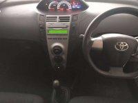 Toyota: Yaris E M/T 2012 Hitam (a6.jpg)