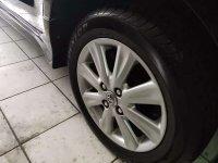 Toyota: Yaris E M/T 2012 Hitam (a8.jpg)