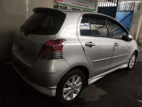 Toyota: Yaris S Limited A/T 2010 Silver (a2.jpg)