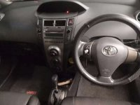 Toyota: Yaris S Limited A/T 2010 Silver (a4.jpg)