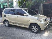 Toyota: jual avanza G 2004 gold sampanye