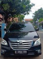 Jual Toyota: Kijang Innova bensin type v matic tahun 2014 hitam