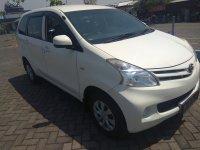 Toyota: Jual cepat Avanza manual 2015