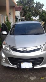 JUAL Toyota Avanza Veloz M/T 2012