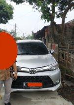 Avanza: dijual Mobil Toyota veloz 1.5M  2018