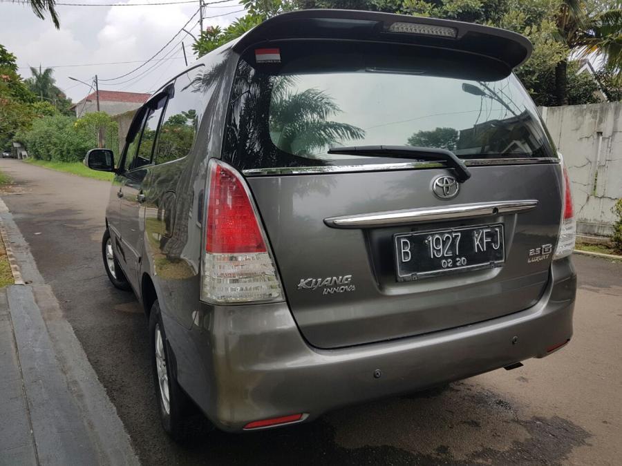 Toyota Kijang Innova Diesel 2 5g Lux Manual 2010 Ebony Mobilindo