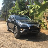 Toyota Fortuner 2.4 VRZ AT Diesel 2018 Hitam (WhatsApp Image 2019-10-20 at 09.07.10.jpeg)