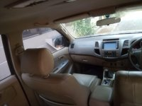 Jual Toyota Fortuner 2.7 V 2010 AT Istimewa