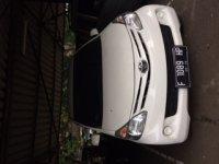 Toyota Avanza: DIJUAL CEPAT BUTUH UANG