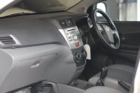 Toyota: AVANZA VELOZ MT 2012 (WhatsApp Image 2019-10-31 at 15.41.35 (5).jpeg)