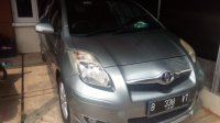 Toyota: Yaris S Limited 2010 Silver