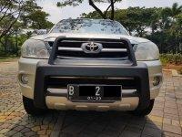 Jual Toyota Fortuner 2.7 G Lux AT Bensin 2005,Ketampanan Yang Terjangkau
