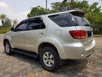 Toyota Fortuner 2.7 G Lux AT Bensin 2005,Ketampanan Yang Terjangkau (WhatsApp Image 2019-11-15 at 12.04.34 (1).jpeg)
