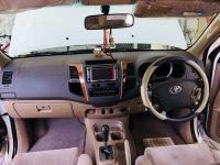 Toyota Fortuner 2011 G Diesel AT Putih (2B1A5D8C-226B-4A1E-BB15-52FA11ADEF32.jpeg)