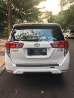 Toyota Innova 2018 V 2.4 Matic (0FF8BFA7-07EA-49E0-836B-8ECCDB4EF5D6.jpeg)