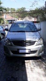 Toyota KIjang Innova Matic 2010 (d85a7be8-e3f1-4af1-b98b-ff8fc7a00fd0.jpg)