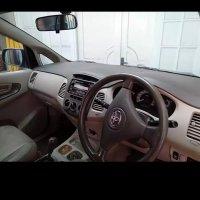 Jual Toyota: Kijang innova 2.0 G metic facelift.