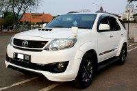 Toyota: Fortuner G TRD Diesel AT Putih 2014 (IMG_9841.JPG)