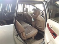 For Sale : Toyota kijang INNOVA 2006 Matic Bensin