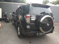 Toyota Rush S MT 1.500cc Manual Tahun 2012 hitam metalik (r8.jpeg)