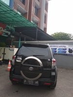 Toyota Rush S MT 1.500cc Manual Tahun 2012 hitam metalik (r9.jpeg)
