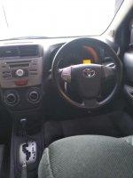 Toyota Avanza: veloz matic 2013 super mulus (A3E86EE5-E554-46D9-AFA9-558BF3554994.jpeg)
