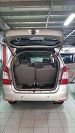 Kijang: Dijual Mobil Toyota Innova 2012 G Diesel Manual Solar 2.500cc (8C4F7C93-D993-4653-888F-7B71D0EBA927.jpeg)