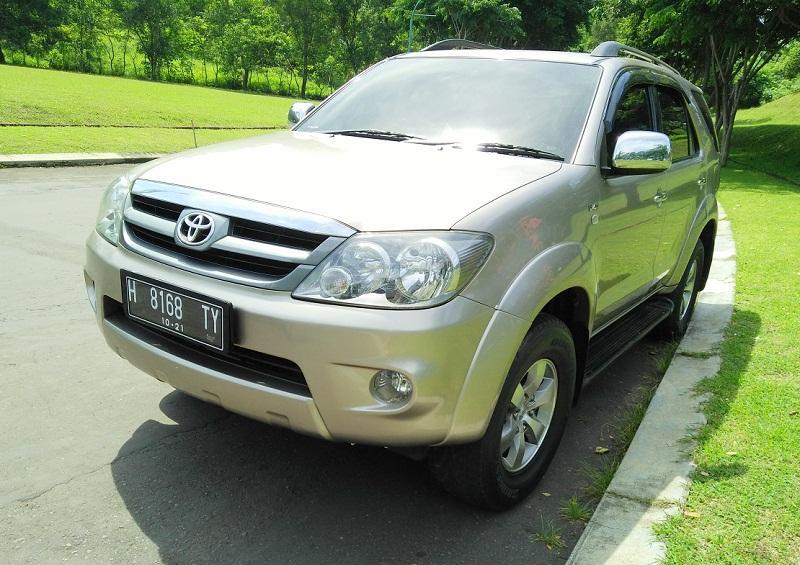 Toyota Fortuner G 25 Diesel 2008 Sangat Terawat Istimewa