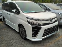 Jual Toyota: VOXY 2.0 A/T ATPM Astra Cash/Credit