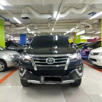 Jual Toyota Fortuner vrz hitam 2016 At