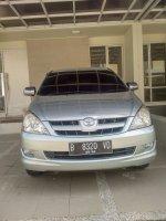 Toyota Innova G Bensin Matic 2005 Istimewa (75fa58b7-87ea-4d8a-98c2-12fe6892a3c0.jpg)