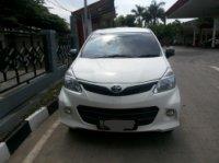 Dijual Mobil Toyota Avanza Veloz A/T 2012