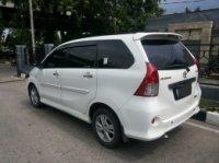 Dijual Mobil Toyota Avanza Veloz A/T 2012 (293311715_4_644x461_dijual-toyota-avanza-veloz-putih-15cc-at-2012-mobil_rev008.jpeg)