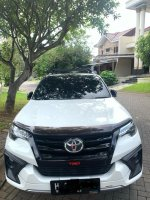 Toyota: (ISTIMEWA) Fortuner 2.4 VRZ TRD 4x2 AT 2017 (1.jpeg)